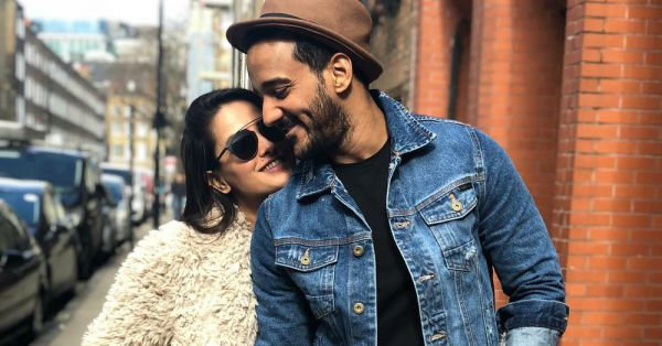 Rohit Reddy Singing For Wife Anita Is Every Husband Trying To Be Cute!