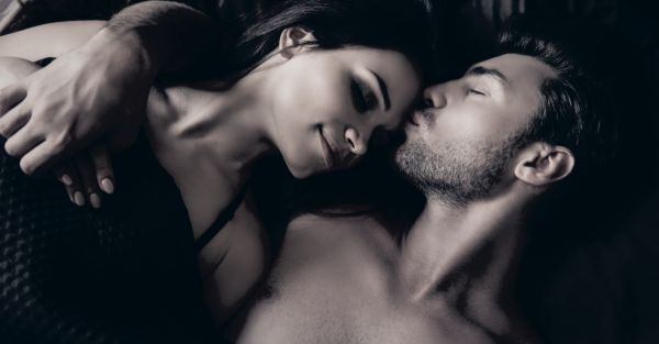7 Sexy Things My Boyfriend Does That Turn Me On...Instantly