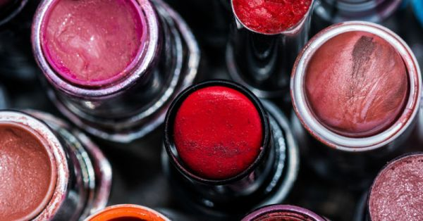 Is It Time To Toss Out Your Favourite Makeup Products? Look Out For These Telltale Signs