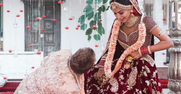 In A Powerful Insta Post, This Bride Shared Why Her Hubby Touched Her Feet After The Wedding