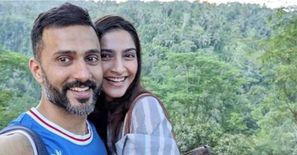 Sonam Is Attending A Wedding In Goa & Hubby Anand Can't Stop Gushing Over Her Selfie!