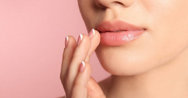 Hothon Pe Aisi Baat: The Best Lip Oils To Give You Pillowy-Soft Lips!