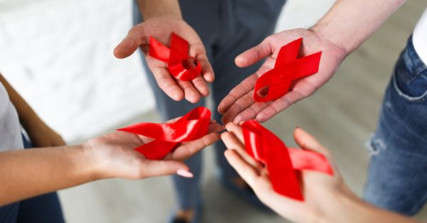 Causes, Symptoms & Prevention: Everything You Need To Know About HIV And AIDS