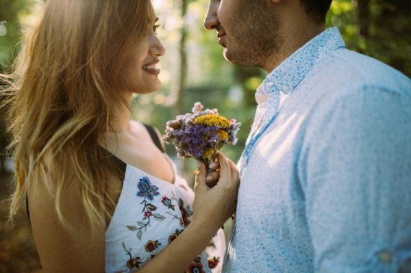 Ready To Take The Plunge? Cute Ways To Propose To Your Guy!