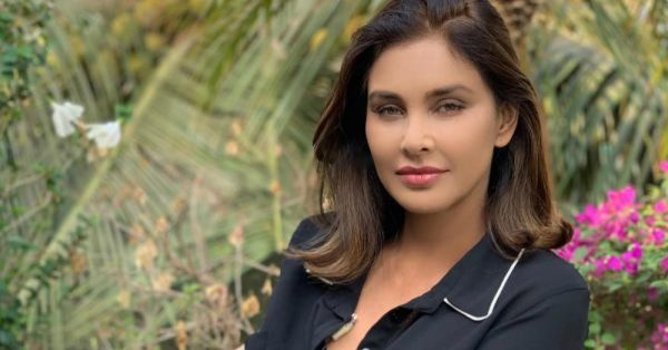 I Was A Sex Symbol At 16: Lisa Ray Talks About Her Career At Book Launch