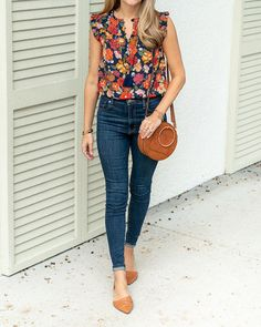 floral print top with high waist jeans