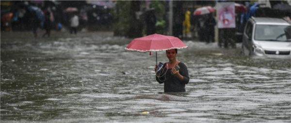 Mumbai Rains Stop The City But Twitter Is Keeping Us Updated About The Real Issues