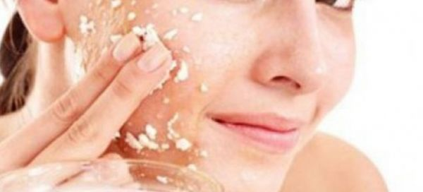 How To Use Garlic For Skin - Home Remedies