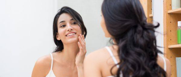 A Dermatologist Weighs In: Symptoms, Causes And Treatment For Hormonal Acne