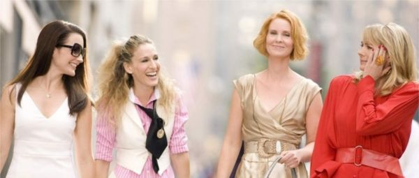 15 Iconic Outfits From Sex And The City That We'll Never Get Bored Of!