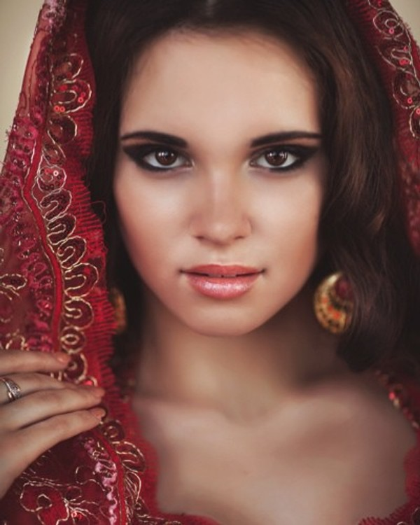 Bridal Makeup Kit And Hacks To Know Before Getting Hitched