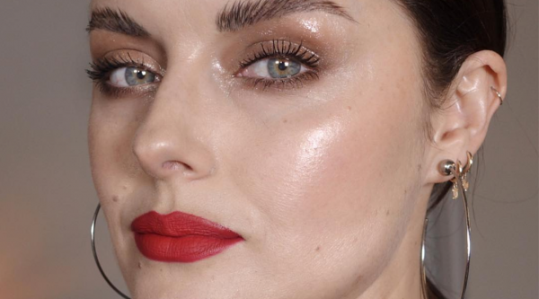 #ShineControl: 6 Must-Follow Makeup Tips For Oily Skin