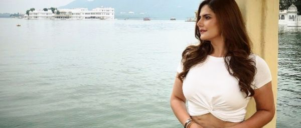 Anushka Sharma Comes Out In Support After Zareen Khan Gets Trolled For Her Stretch Marks