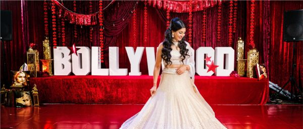 Canadian Bride Turns Desi Girl, Plans The Most Filmy Wedding Ever