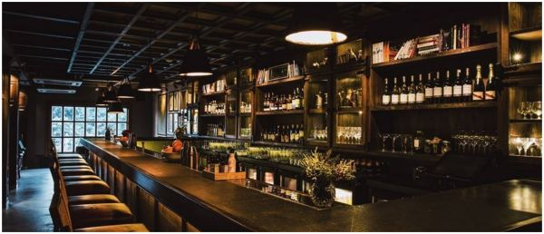 Women Allege Harassment At An Upscale South Delhi Bar & We Are As Shocked As You!