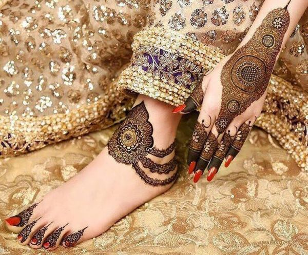 Anklet mehndi designs on feet