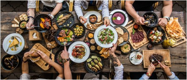 Eating With Your Companions Might Mean More Calories, Says Study