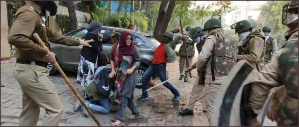 Students Across India Gather In Solidarity Against Police Brutality In Jamia University