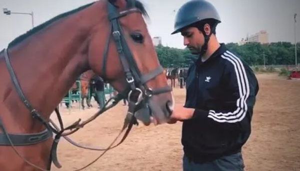 vicky kaushal goes horse riding