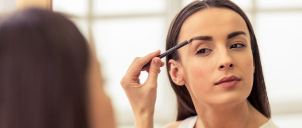 #BeautySchool: 4 Beginner-Friendly Ways To Fill In Your Eyebrows