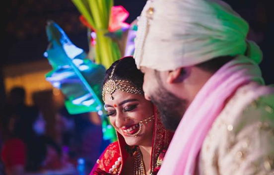 a perfect candid wedding photo by mahima bhatia photography