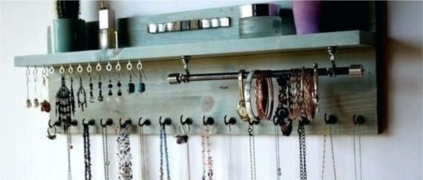 Keep Losing The Second Earring? Spend Some Quarantine Time & Organize Your Jewellery Stash