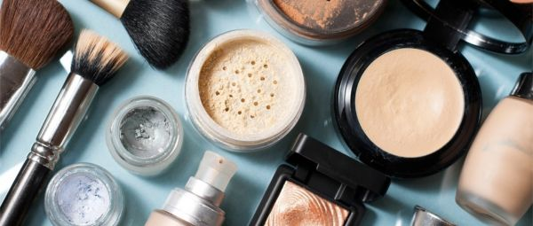 There's Been An Alarming Increase In Buying & Selling Of Used Makeup, But How Safe Is It?