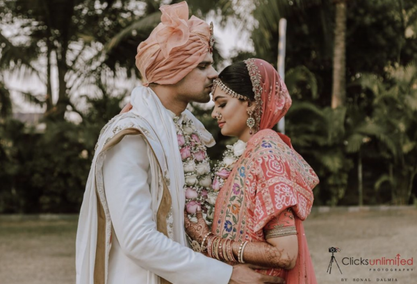 Bride and groom picture on their wedding by clicks unlimited photography