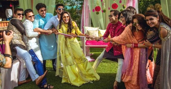 tug of war - best funny outdoor game to play during wedding