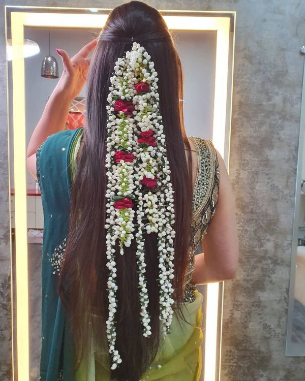 15 Trendy Gajra Hairstyles To Dazzle This Wedding Season | POPxo