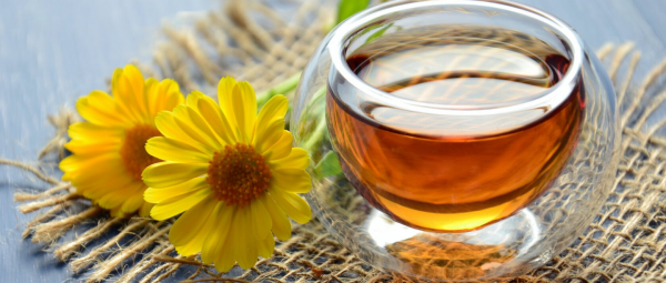 DIY Superhero: 7 Beauty Benefits Of Honey For Your Skin & Hair!