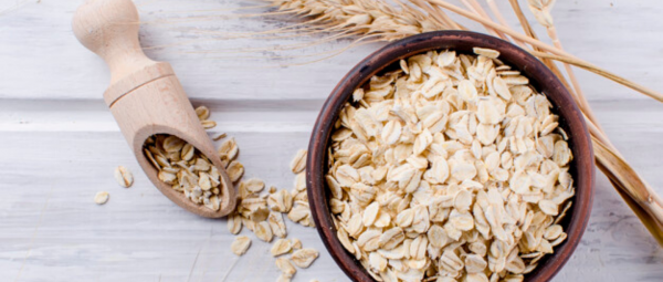 Why Oatmeal Might Be The Ultimate Solution To All Your Hair & Skin Woes