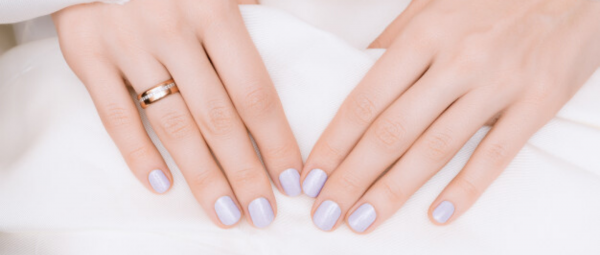 Beauty Question Of The Day: Do We Really Need Cuticle Oil To Strengthen Our Nails?