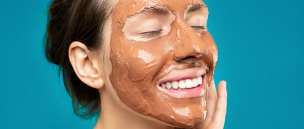 Missing The Salon? A Step-By-Step Guide To Giving Yourself A Spa-Like Facial At Home