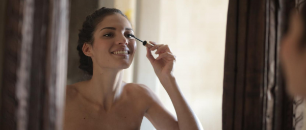 Don't Lash Out: Here's Why You Need To Make Room For A Clear Mascara In Your Makeup Kit