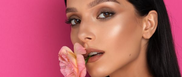 Get, Set, Glow! Here's How To Make Your Own Creamy Highlighter At Home