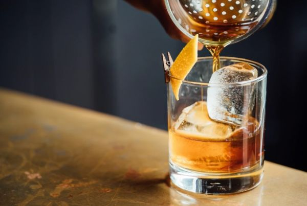 Cutting down alcohol is another tips to increase your memory