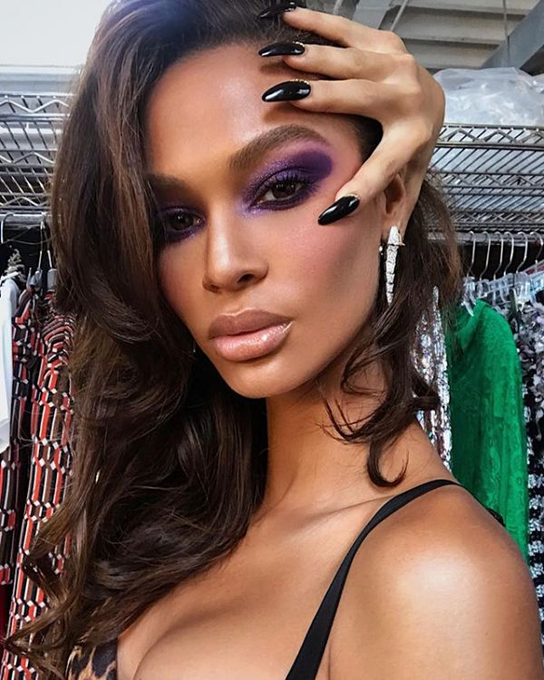 Purple makeup trend is the next BIG thing