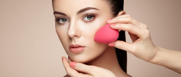Squeaky Clean In Less Than 5 Minutes: Use This Hack To Clean Your Makeup Sponge!