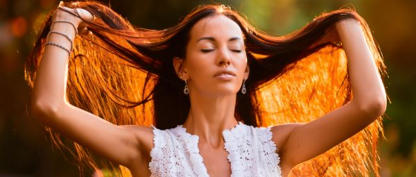 What's That Smell? 7 Reasons Why Your Hair Has A Funny Scent To It These Days