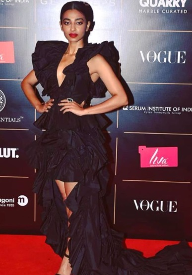 Radhika Apte's edgy and dramatic gown
