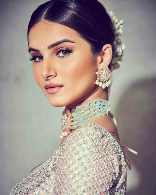 Tara Sutaria- a choker best suited to go with Indian wear outfits