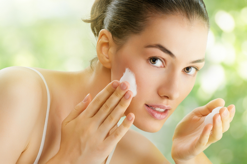 How to use Face wash & Cleanser