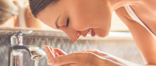 Cleanser Vs Face Wash: Here's The Real Difference Between The Two