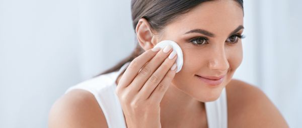 5 Genius Products To Use Instead Of A Face Scrub To Exfoliate The Skin