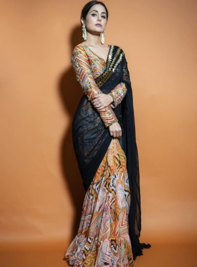 Hina Khan in a dual-tone saree