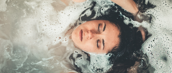 This Post Shampoo Routine Is All You Need To Save Yourself From A Bad Hair Day