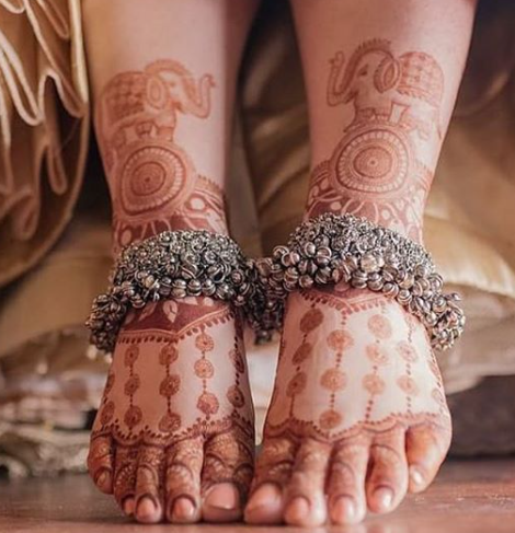 Heavy silver anklets designs for brides