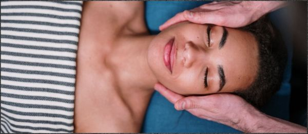 Want A Natural Face Lift? Give Yourself A Lymphatic Drainage Massage