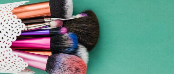 Knowledge Is Power: This Is The Right Way To Look After Your Makeup Brushes
